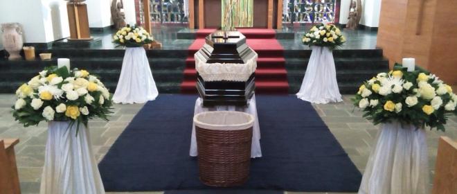 ανθοστολισμοί κηδειών γραφείο τελετών κυριακίδης